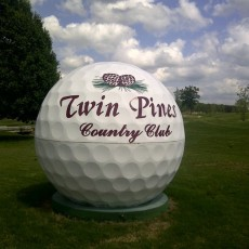 twin-pines-country-club.jpg